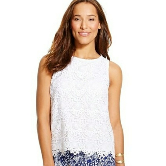 0ec4e75c58cfe Lilly Pulitzer for Target Tops - Lilly Pulitzer Target White Crochet  Keyhole Tank
